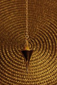 pendulum-235154_1280
