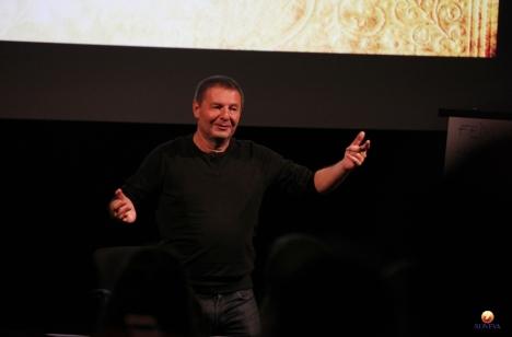 conference-patrick-burensteinas-2014-18